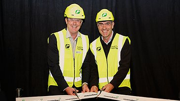 Our CEO, Greg Campbell, and Nathan Guy, Minister for Primary Industries