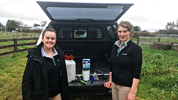 Ravensdown Agri Managers Katie Coulam and Sarah Gifford